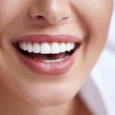 Šviesina, lygina dantis, užveria jų poras ir taip apsaugo nuo apnašų ir bakterijų